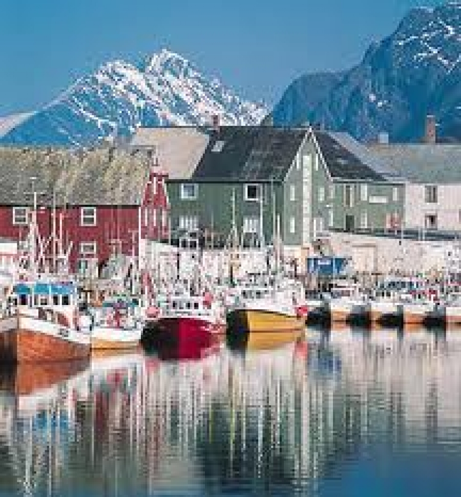 Noruega espa a finlandia y per entre los diez destinos for Oficina de turismo de noruega